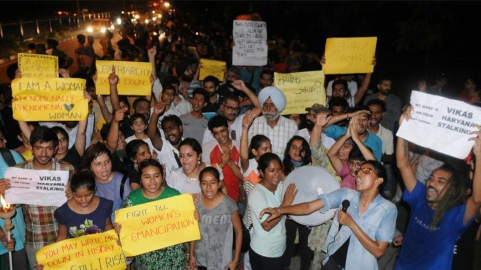 """Sadkein bhi hamari, galiyan bhi hamari, raat bhi hamari, aur raat ke chand sitare bhi hamare...""— were the lines recited out loud during the march in Chandigarh."
