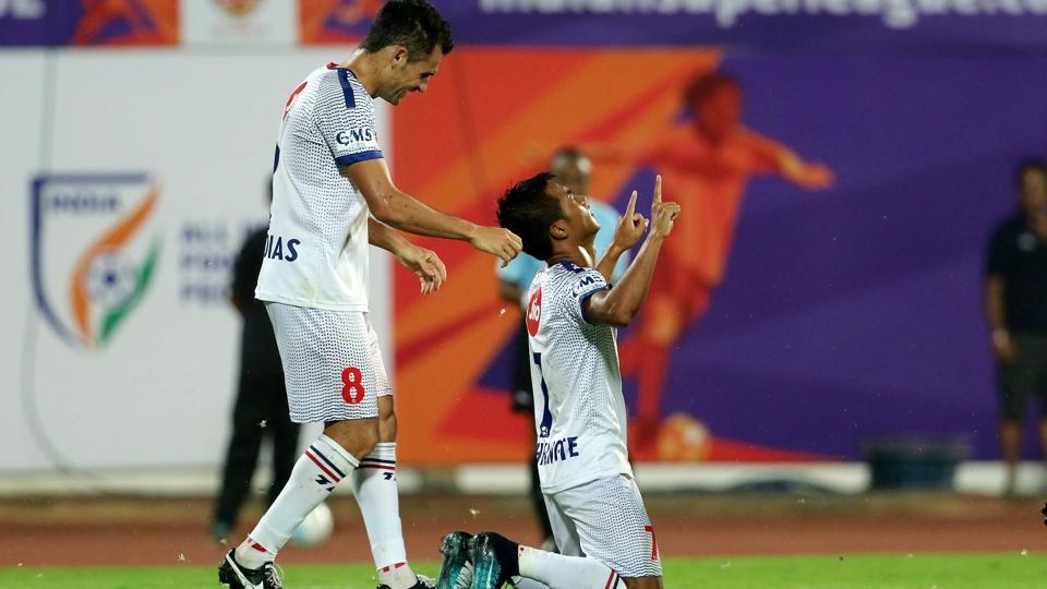 Delhi Dynamos' Lallianzuala Chhangte celebrates a goal against FC Pune City in Indian Super League. Delhi won the game 3-2. (ISL / SPORTZPICS)