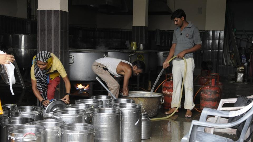 Midday meal,Midday meal cooks,Human resource development