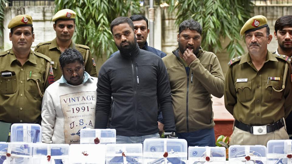 Delhi gangsters,Shakti Naidu gang,Vasant Gaon