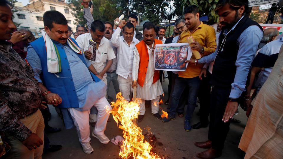 Padmavati,Padmavati controversy,Karni Sena