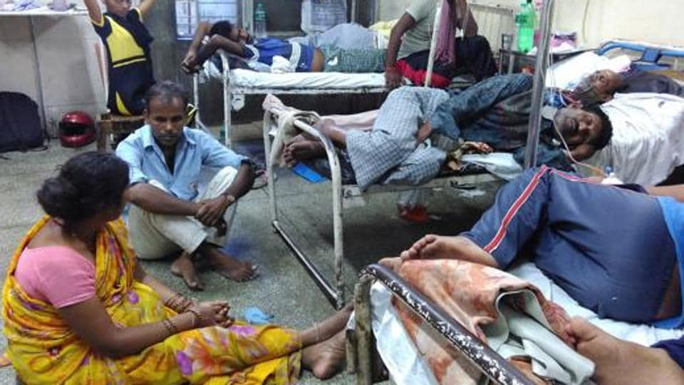 An overcrowded ward which also receives dengue patients at the Deen Dayal Upadhyay (DDU) Hospital in New Delhi.