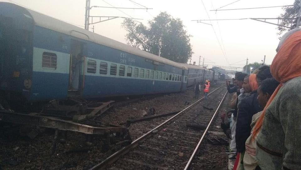 Vasco Da Gama Express derails kills two, injures 8 others