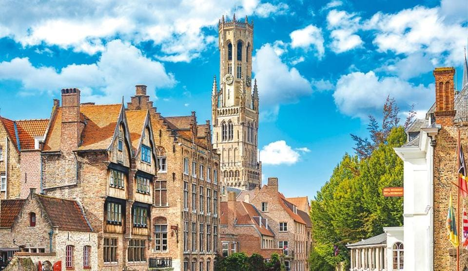 Thanks to its many canals, Bruges, the capital of West Flanders, is also known as the Venice of the north