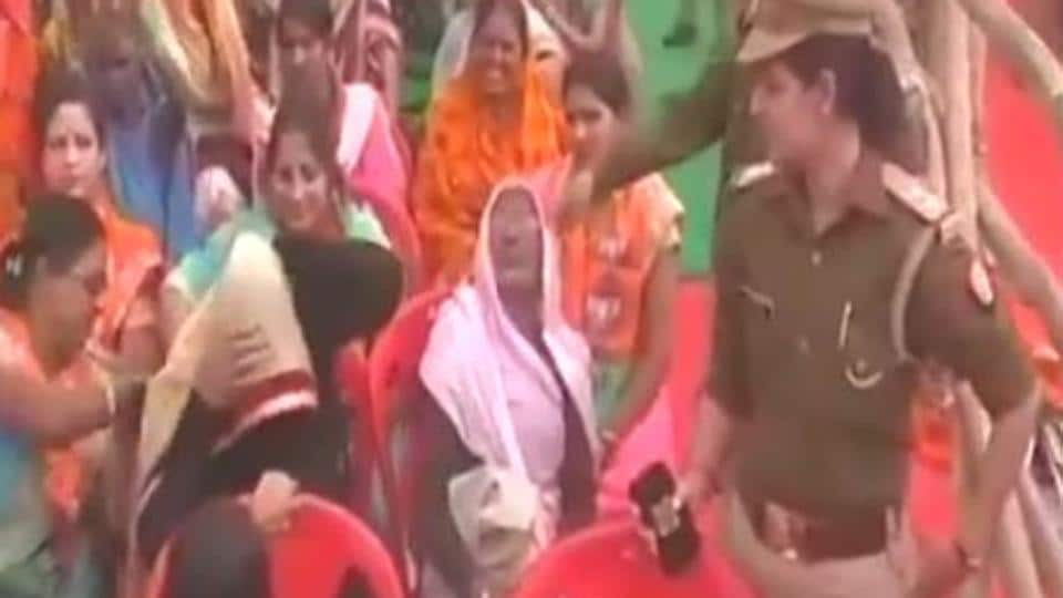 BJP wants verification of burqa-clad women during civic elections