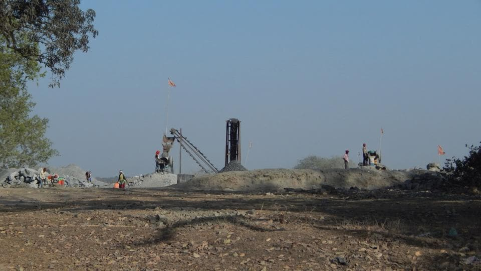 The stone crusher owner and his associates obstructed a team of the CPCBfrom inspecting the impact of stone quarrying  near the Ganga River  in Uttarakhand's Haridwar.