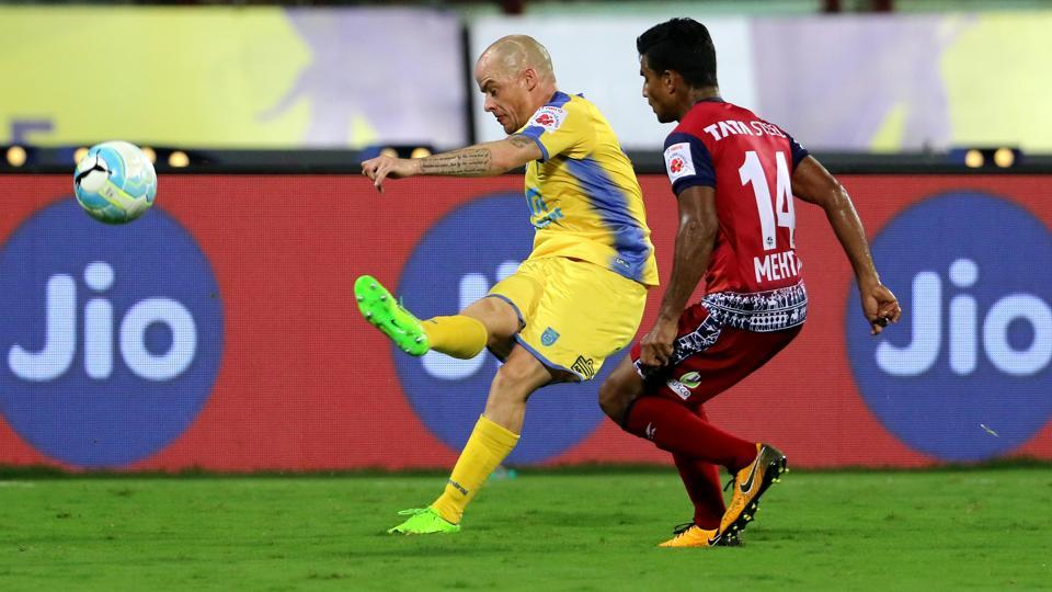 Iain Hume had two good chances to score but the ISL's all-time highest goal-scorer failed to convert.  (ISL / SPORTZPICS)