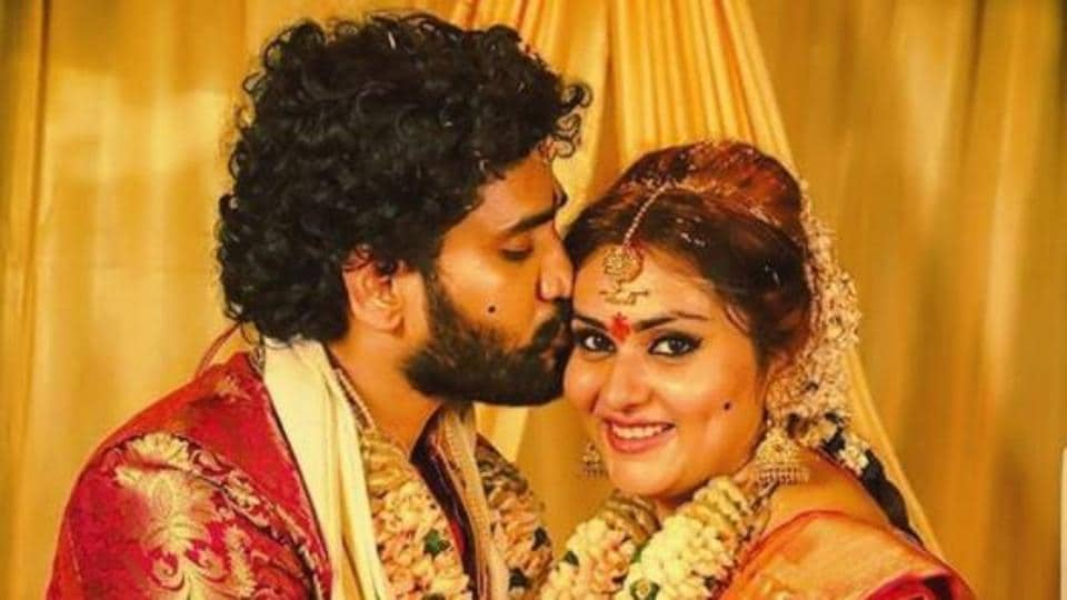 Namitha marries boyfriend veerandra in tirupati and we cannot take namitha married long time boyfriend veerandra at a private ceremony in tirupati she was recently seen in bigg boss tamil thecheapjerseys Choice Image