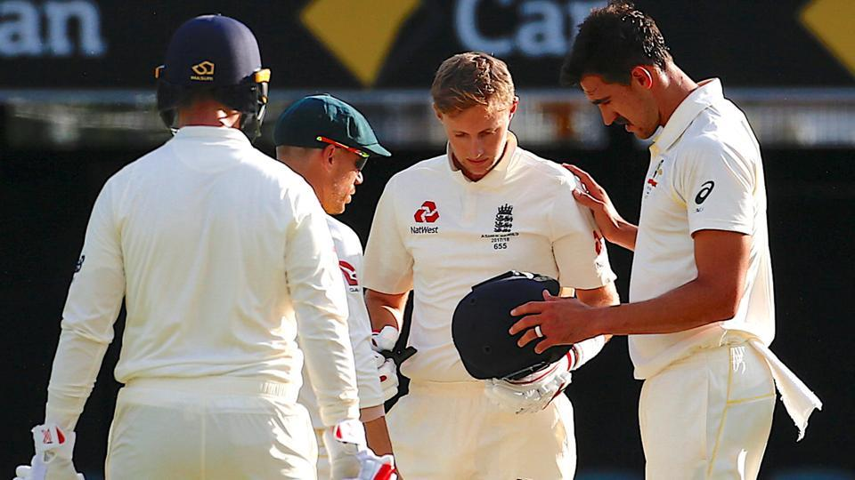 Australia's fast bowlers were fired up in the second innings Mitchell Starc even struck England captain Joe Root on the helmet, much to the concern of many.  (REUTERS)