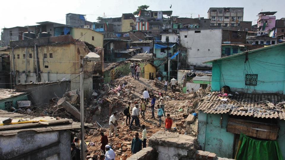 Collapse of illegal Bhiwandi structure: Toll rises to four