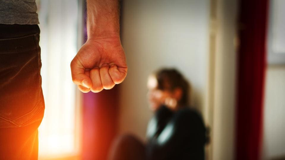 Domestic Violence,Dating,Women Prefer Less Masculine Men