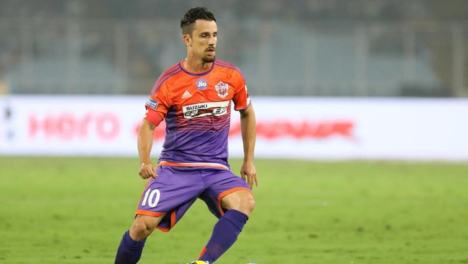 Marcelinho's goal was the only difference between the two sides in the first half. (ISL)