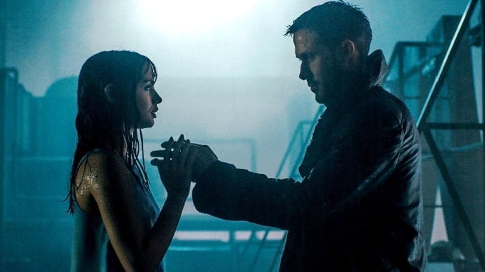 Ana de Armas plays a hologram in Blade Runner 2049 who falls in love with Blade Runner Ryan Gosling.