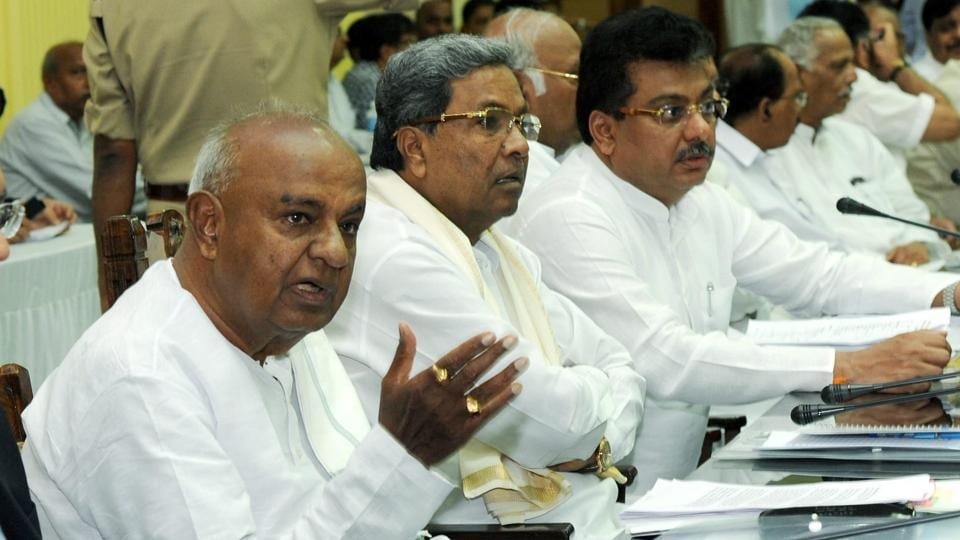 Former prime minister HD Deve Gowda along with others at an All Party Meeting on Cauvery Water Sharing Issue at Vidhan Soudha in Bengaluru.