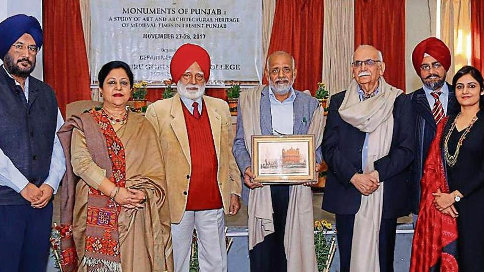 Eminent art historian Subhash Parihar being felicitated during the seminar on architectural heritage of medieval times in present Punjab at Sri Guru Gobind Singh College, Chandigarh, on Monday.