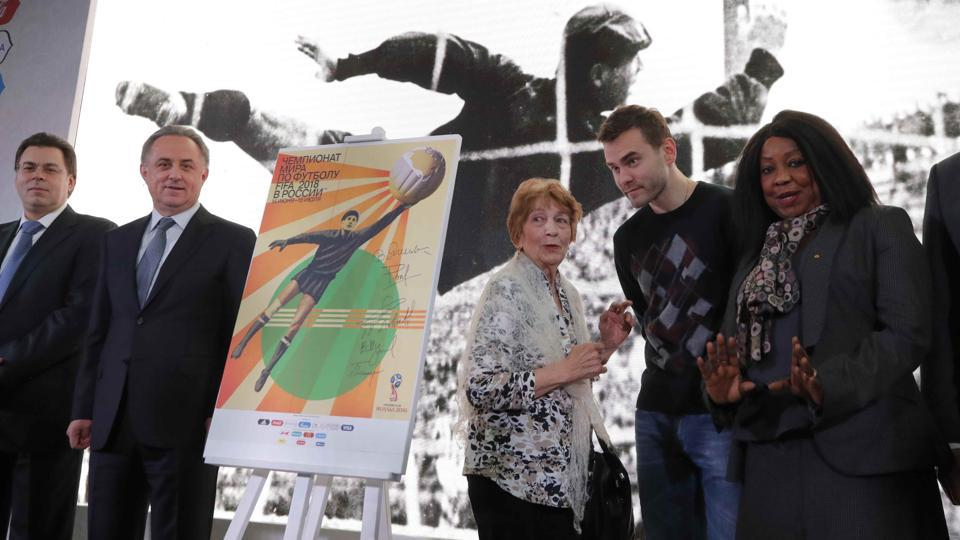 Lev Yahsin is widely considered one of the all-time goalkeeping greats and featured in four World Cups for the former Soviet Union.  (REUTERS)