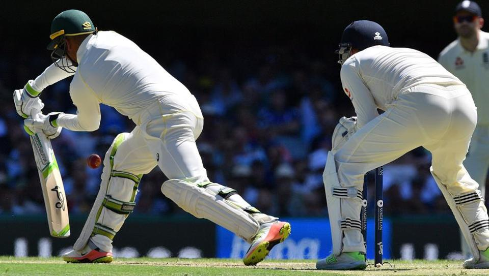 Usman Khawaja (L) has played down his issues with spin bowling.
