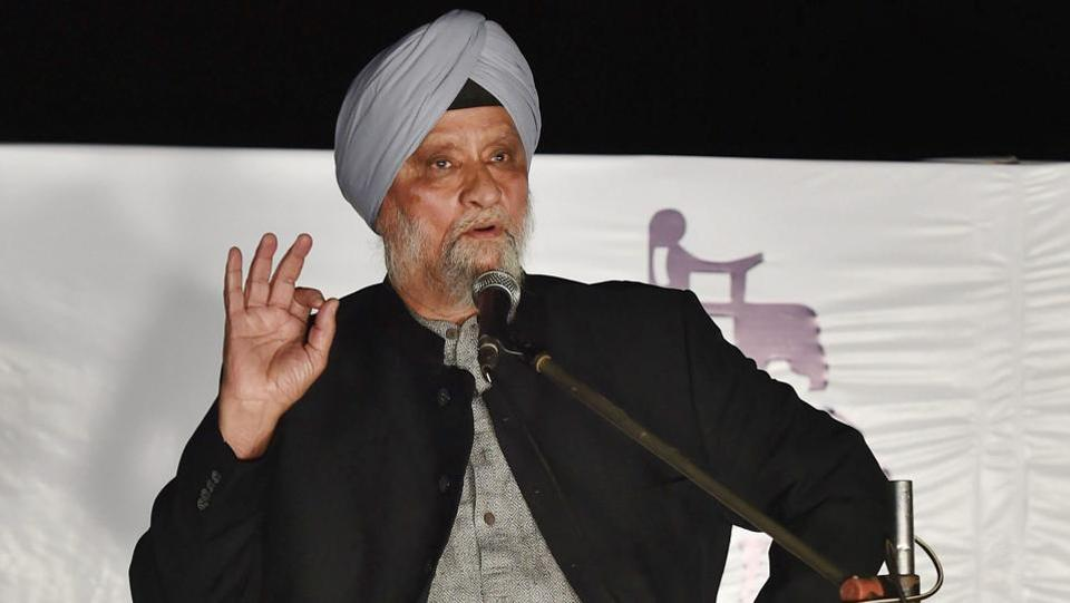 Bishan Singh Bedi speaks after being felicitated at  the DDCA's 1st Annual Conclave 2017. (PTI)
