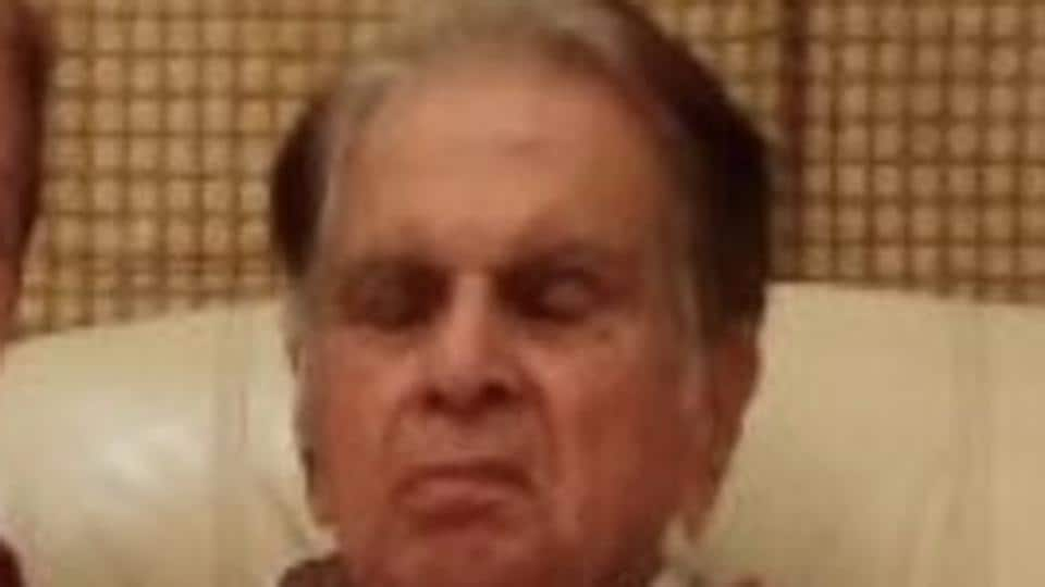 Dilip Kumar has not been keeping well for a few years now. He keeps his fans posted about his health on Twitter and often shares pictures.