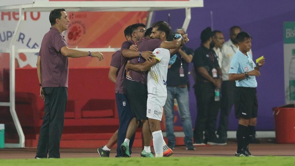 However, Balwant Singh gave Mumbai the lead in the 15th minute. (ISL)