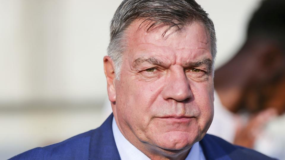 Sam Allardyce will look to revive Everton's Premier League campaign.