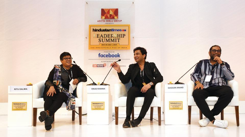 Two of India's most internationally acclaimed chefs pushed for a need to promote regional Indian food. Regional food, poetry and the changing world food scenario were on the menu. Tempered with wit, Indian's very own Michelin Star chef Vikas Khanna (C) and restaurateur Gaggan Anand (R) in conversation with Ritu Dalmia, chef and restaurateur had the audience eating out of their palms. (Vipin Kumar / HT Photo)