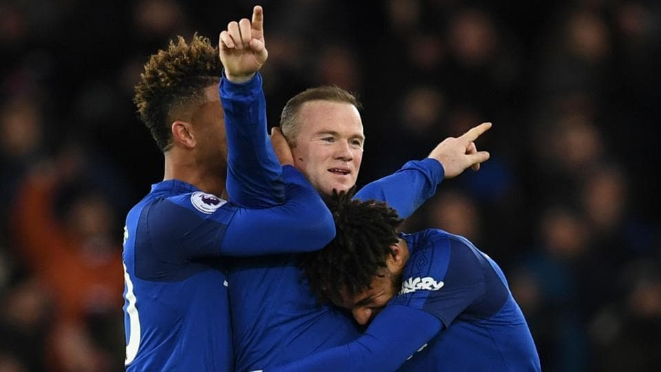 Wayne Rooney scored from his own half to haunt his former manager David Moyes with a first hat-trick for Everton in a 4-0 thrashing of West Ham United.