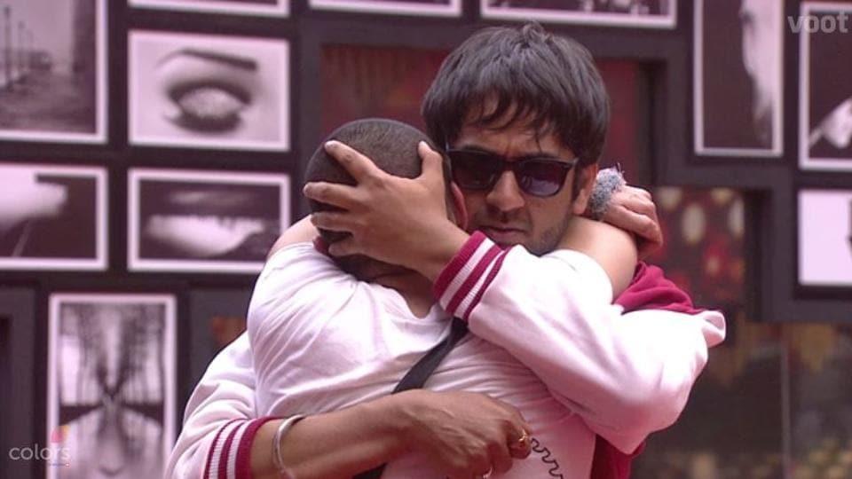 Vikas Gupta and Priyank Sharma are friends again.