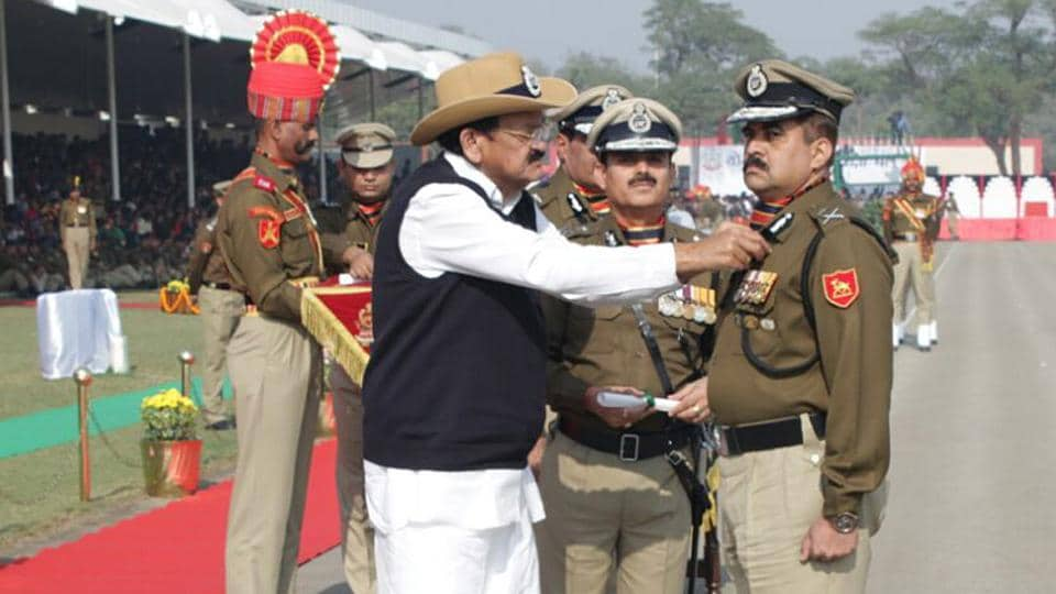 Paliwal being conferred with the President's Police Medal by vice president Venkaiah Naidu in New Delhi on Friday.