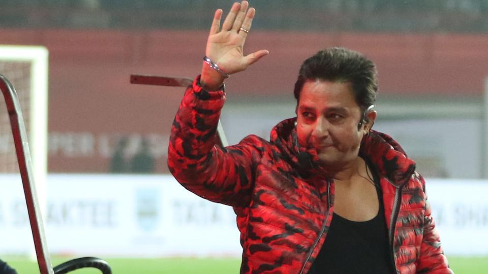 Singer Sukhwinder Singh performed at the stadium ahead of the game. (ISL )