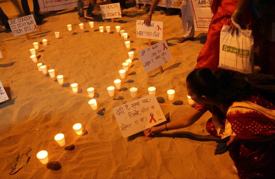 A candle light march was organised on the occasion of World AIDS Day from Juhu Koliwada to Juhu Beach, on Friday.