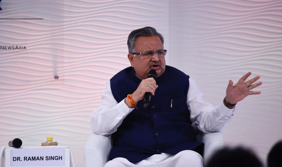 Dr. Raman Singh, Chief Minister of Chhattisgarh said, from 2003 to 2017, after a journey of 14 years, the Chhattisgarh that was considered backward, is now on a tremendous growth path during the Hindustan Times Leadership Summit 2017 in New Delhi. (Burhaan Kinu / HT Photo)