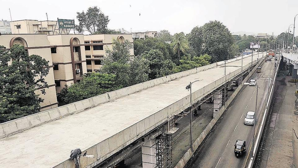 Major development projects in the city, like the COEP flyover bridge, will be affected due to lack of funds.
