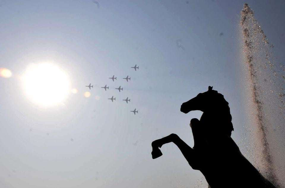 Indian Airforce planes put up a show at the Passing Out Parade of the 133rd course of the National Defence Academy (NDA) in Pune on Thursday. (ht photo)