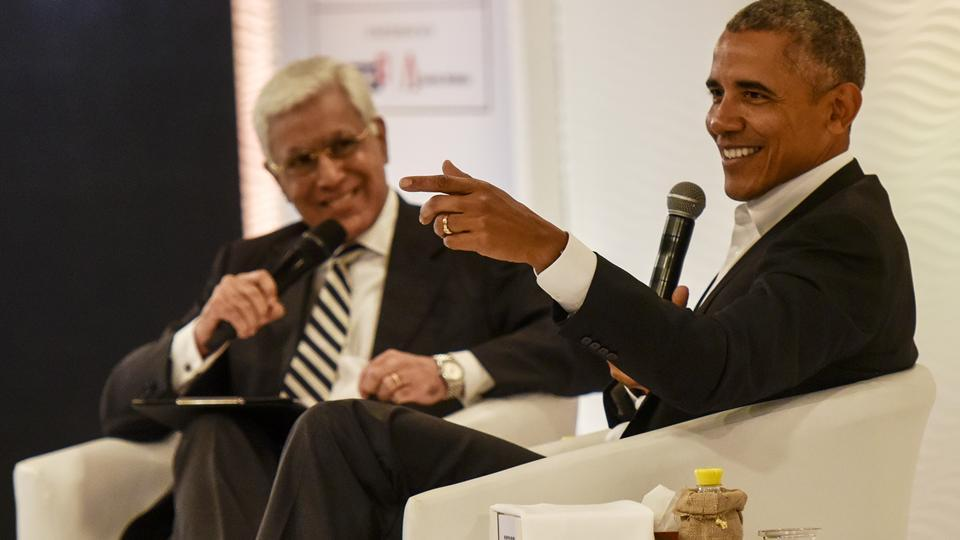 Former US president Barack Obama in conversation with Karan Thapar, president, Infotainment Television, at the Hindustan Times Leadership Summit in New Delhi on Friday.