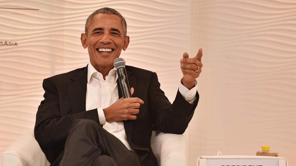 "Politicians are often reflections of forces in the society. ""If you see a politician doing things that are questionable, one of the questions you can ask yourself as a citizen is 'am I encouraging this?'"" Former US president Barack Obama, discussing India's role in the international arena, said on Day 2 of the Hindustan Times Leadership Summit 2017 in New Delhi. (Sanchit Khanna / HT Photo)"