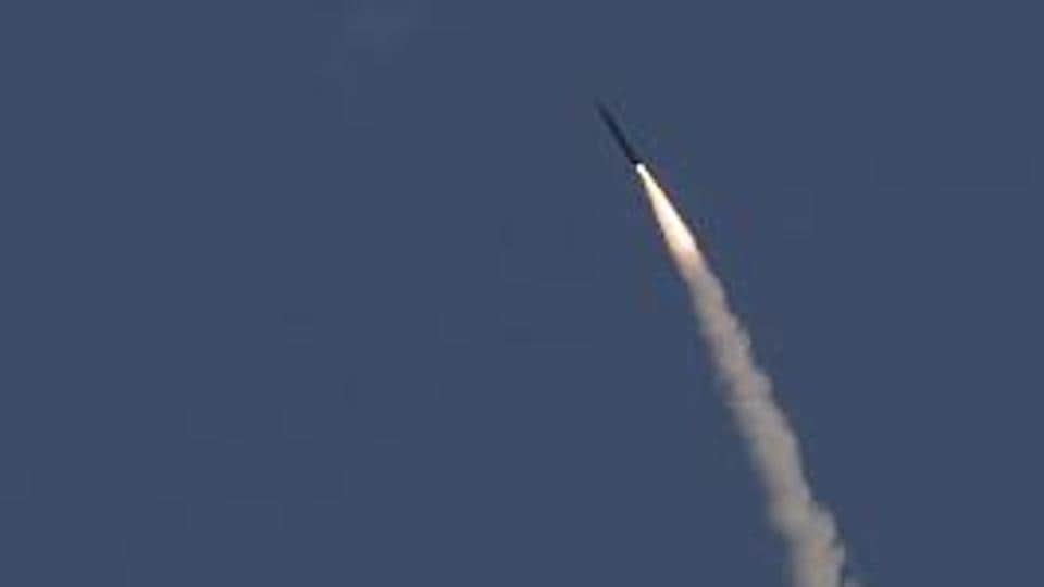 Syria fires missiles at Israeli aircraft after Israeli missiles hit near Damascus