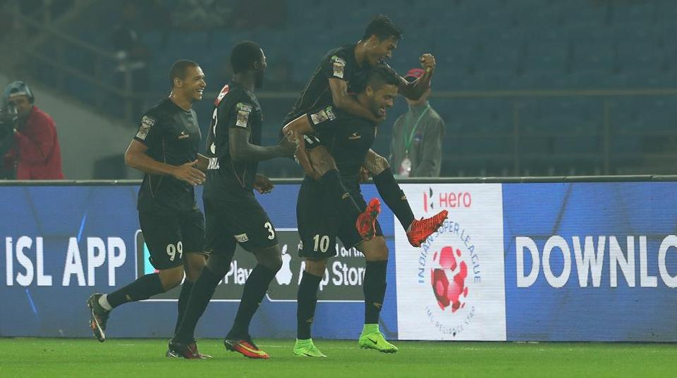 NorthEast United FC beat Delhi Dynamos FC 2-0 in the Indian Super League. Marcinho celebrates scoring the away side's first goal of the game.  (ISL / SPORTZPICS)