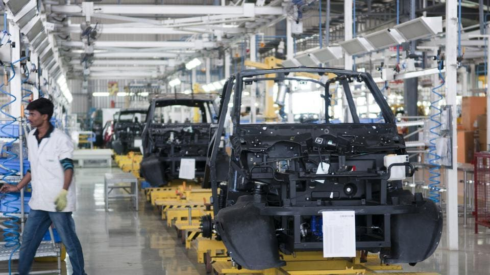 The assembly line of the Mahindra Reva green electric vehicle in Bengaluru. One of the biggest drawbacks of EVs is range: they can only cover a small distance on a single charge.