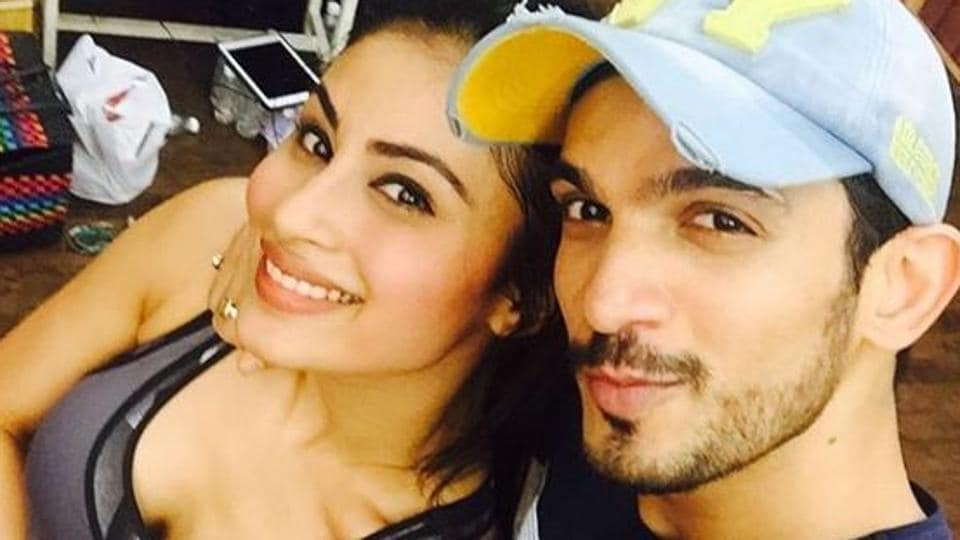 Actors Arjun Bijlani and Mouni Roy worked together in the TV series Naagin.