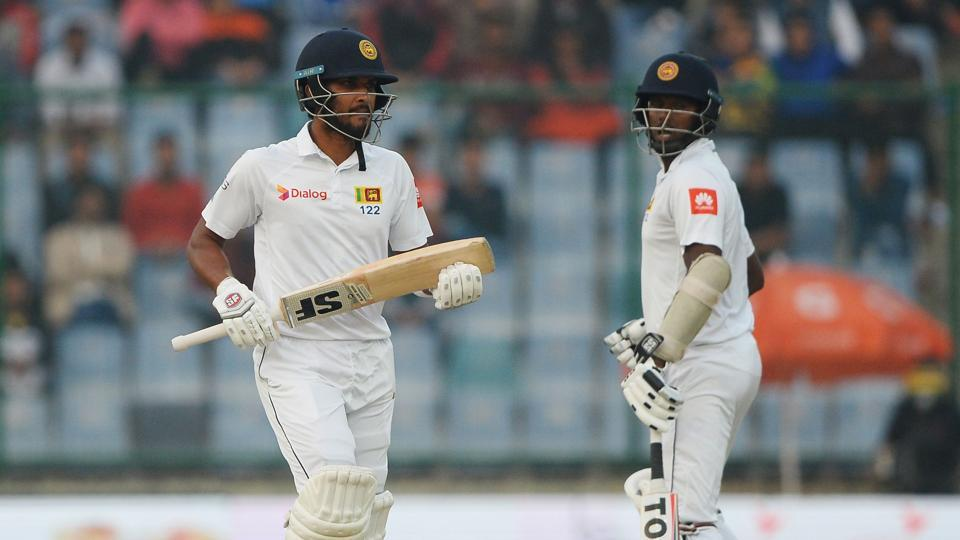 Dinesh Chandimal (L) and Angelo Mathews shared a 50-plus stand as Sri Lanka reached 131/3 at stumps on Day 2, trailing India by 405 runs. (AFP)