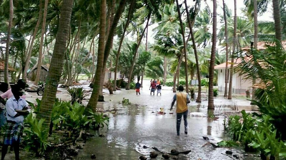 Cyclone Ockhi: Gujarat, Maharashtra on alert as IMD issues fresh warning