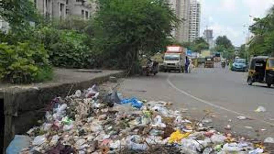 This is the first time that clean-up marshals have been appointed to impose hefty fines on people littering or threatening cleanliness of Thane.