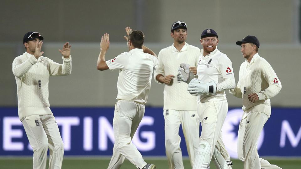 England fought back brilliantly on the third day of the Pink Ball Test as they reduced Australia to 53/4 after conceding a 215-run lead. Catch full cricket score of Australia vs England, Adelaide Test day 3 here.