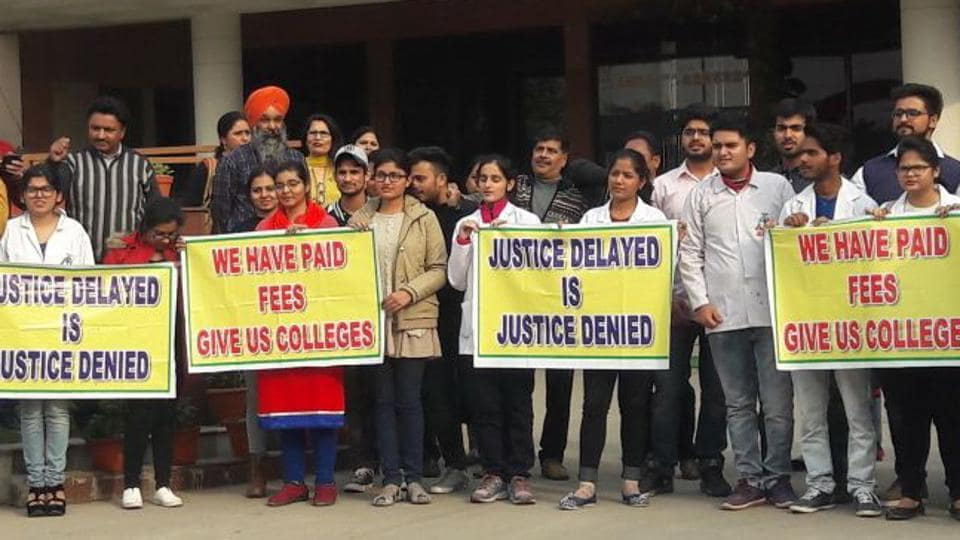 Chintpurni Medical College students protesting outside the headquarters of the Medical Council of India in New Delhi on Monday.