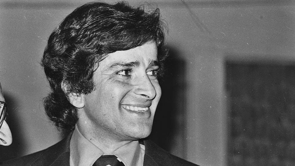 Handsome hero, passionate filmmaker: The many legends of Shashi Kapoor -  bollywood - Hindustan Times
