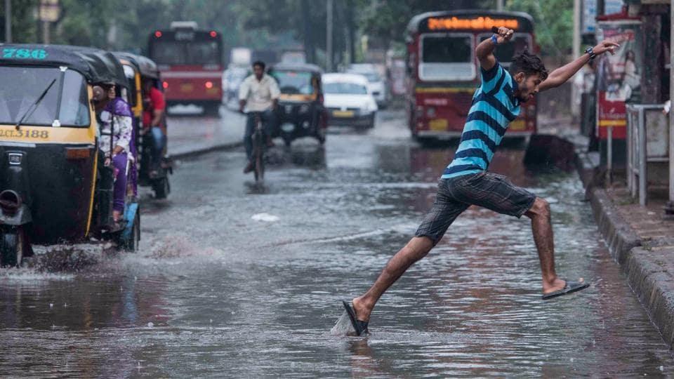 MUMBAI NEWS,MUMBAI RAIN,CYCLONE OCKHI