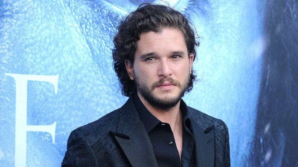 Game Of Thrones star Kit Harrington has been crowned worst-dressed man on an annual list compiled by a fashion magazine for its January 2018 issue.