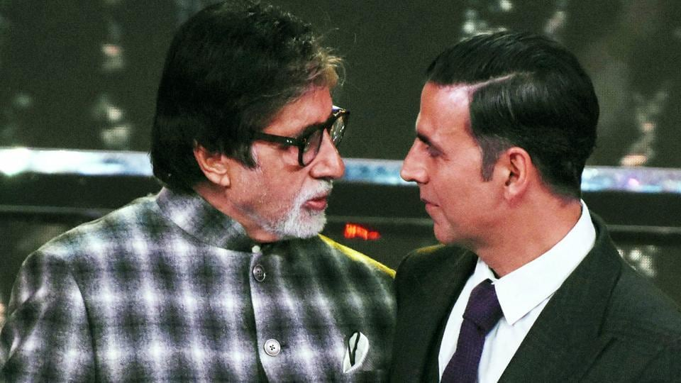 Actors Amitabh Bachchan and Akshay Kumar at the closing ceremony of the 48th International Film Festival of India.