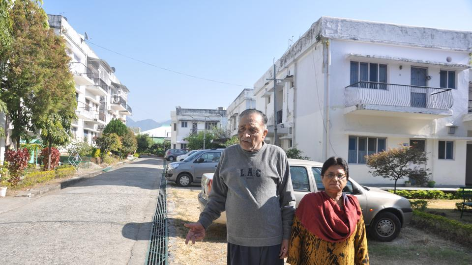 80-year-old Lalit Sabharwal, an advocate by profession, with his wife.